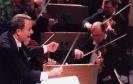 Fredo Jung dirigiert das Orchester des Theaters Altenburg-Gera im Landestheater Altenburg